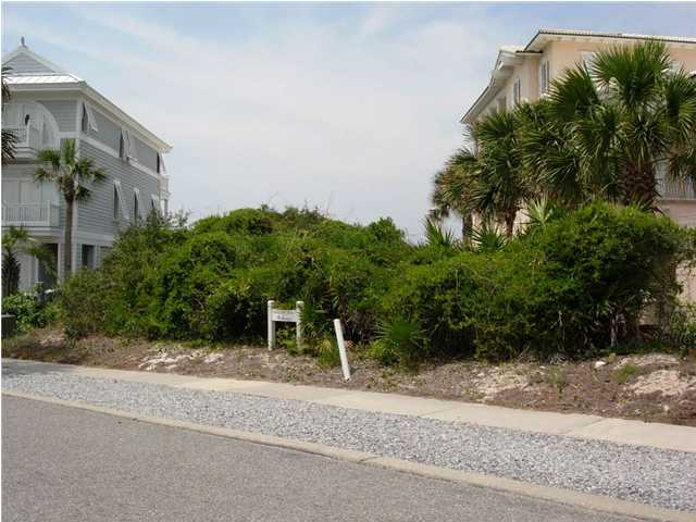 336 BEACHSIDE DR, PANAMA CITY BEACH, FL 32413 (MLS # 557652)