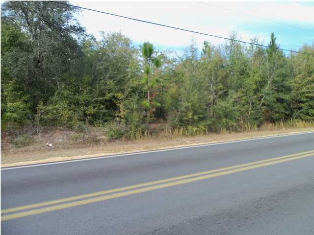000 HWY 90 E, CRESTVIEW, FL 32539 (MLS # 570185)