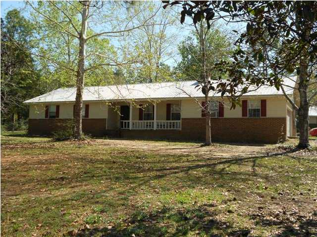 5735 WILDWOOD RD, CRESTVIEW, FL 32536 (MLS # 588845)