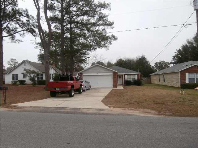 130 DIXIE ST, CRESTVIEW, FL 32536 (MLS # 590536)