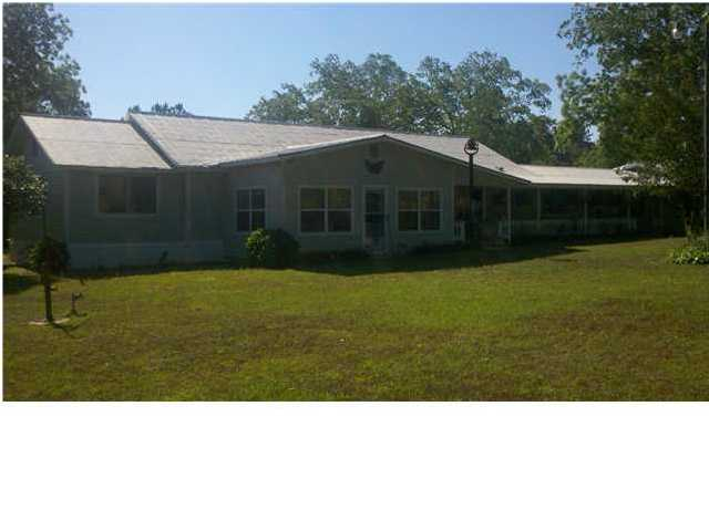 4712 GRIMES RD, LAUREL HILL, FL 32567 (MLS # 590566)