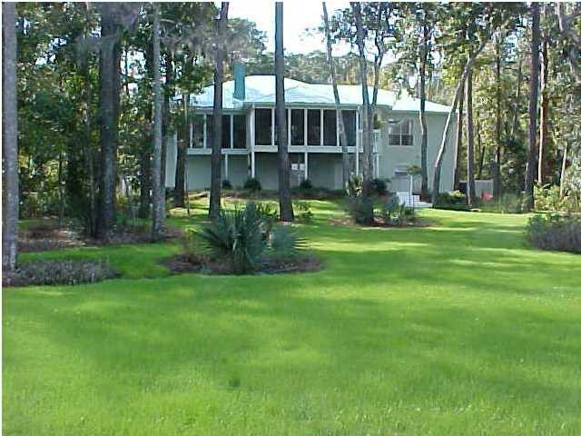 185 SHALLOWS DR E, SANTA ROSA BEACH, FL 32459 (MLS # 596938)