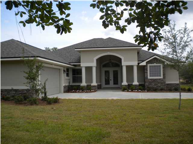2933 CHANCEL AVE, CRESTVIEW, FL 32539 (MLS # 598364)