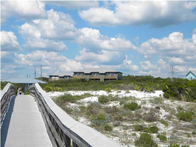 81 ORANGE ST S, PANAMA CITY BEACH, FL 32413 (MLS # 604508)
