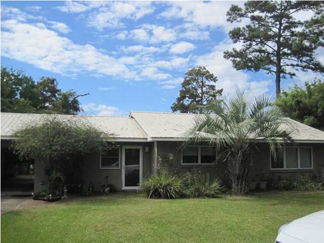 2708 BAY GROVE RD, FREEPORT, FL 32439 (MLS # 605922)