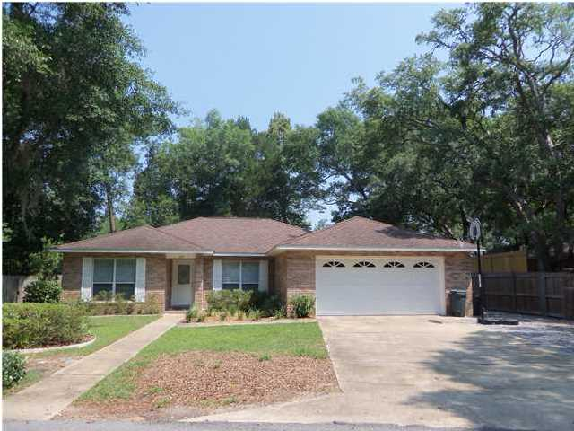 49 HICKORY PL, FREEPORT, FL 32439 (MLS # 609254)