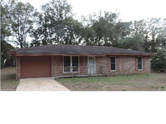 207 GRIMES AVE, CRESTVIEW, FL 32536 (MLS # 609991)