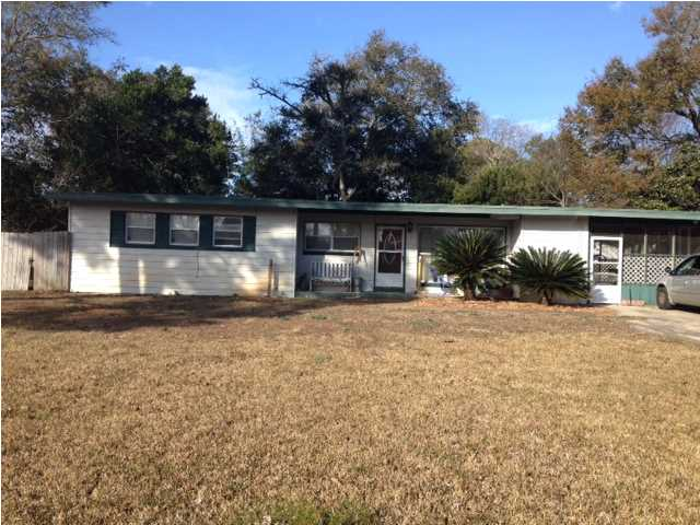 52 IOWA DR, FORT WALTON BEACH, FL 32548 (MLS # 611431)